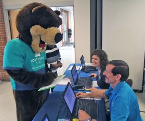JP the Bear signing up for fall.
