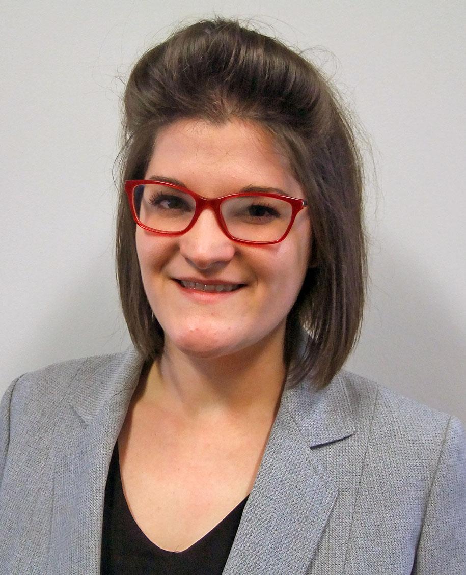 Victoria Hewlett Named A New Century Scholar